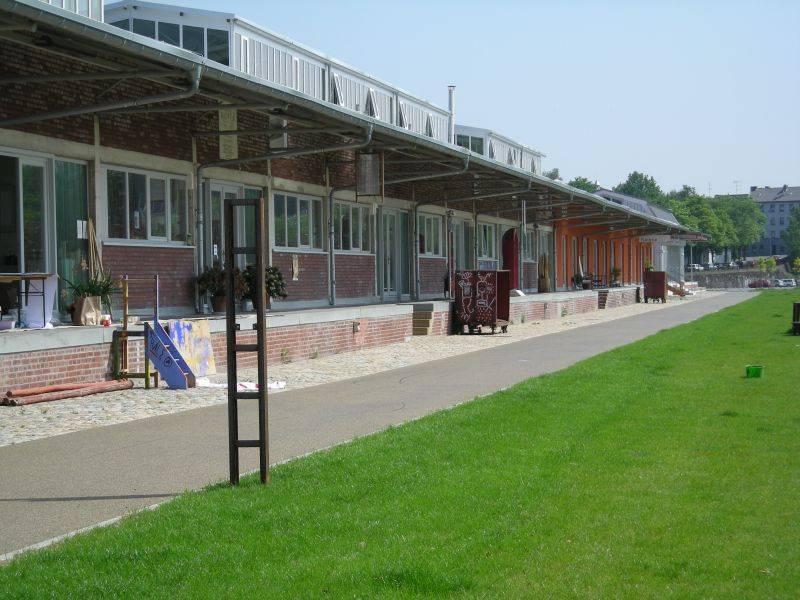 Baukunst nrw umbau g terhallen im s dpark in solingen for Produktdesign bonn
