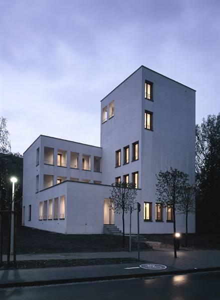 haus am c llenhof bonn in bonn architektur baukunst nrw. Black Bedroom Furniture Sets. Home Design Ideas