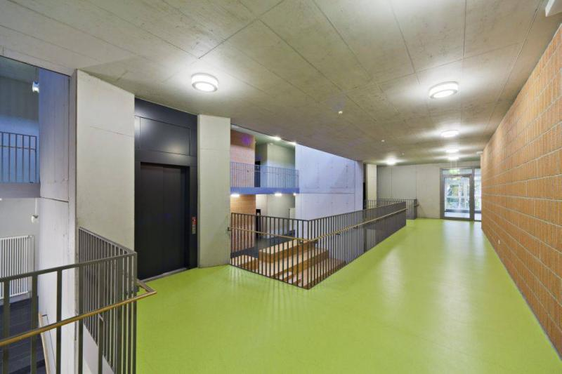 Umnutzung und erweiterung zur f rderschule schule an der for Innenarchitektur schule