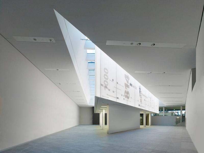 Centre charlemagne neues stadtmuseum aachen in aachen for Architektur aachen