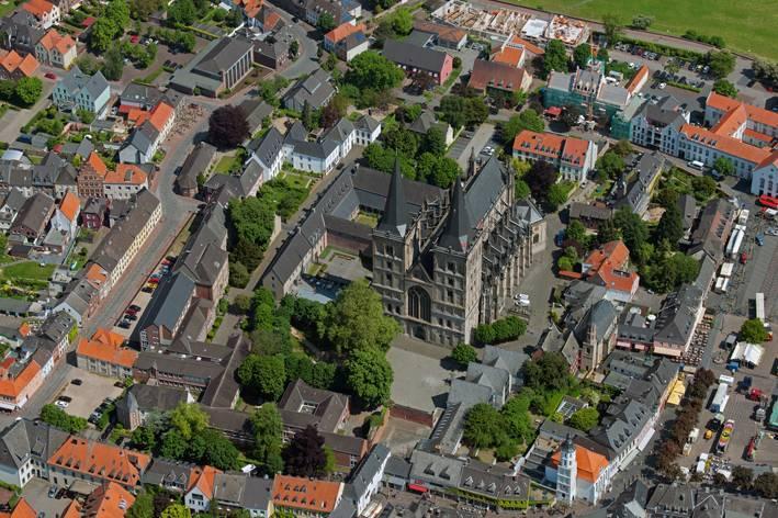 stiftsmuseum xanten mit stift st. viktor in xanten, architektur, Innenarchitektur ideen
