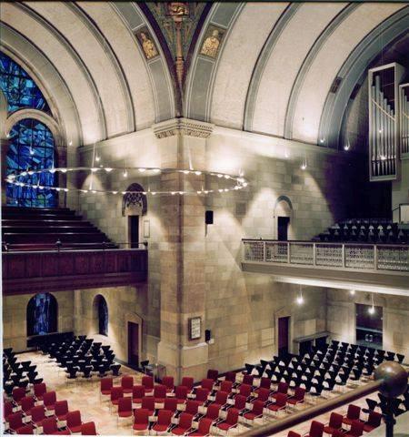 Innensanierung der kreuzkirche in d sseldorf for Innenarchitektur nrw