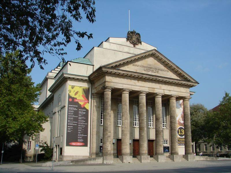 landestheater detmold in detmold architektur baukunst nrw. Black Bedroom Furniture Sets. Home Design Ideas