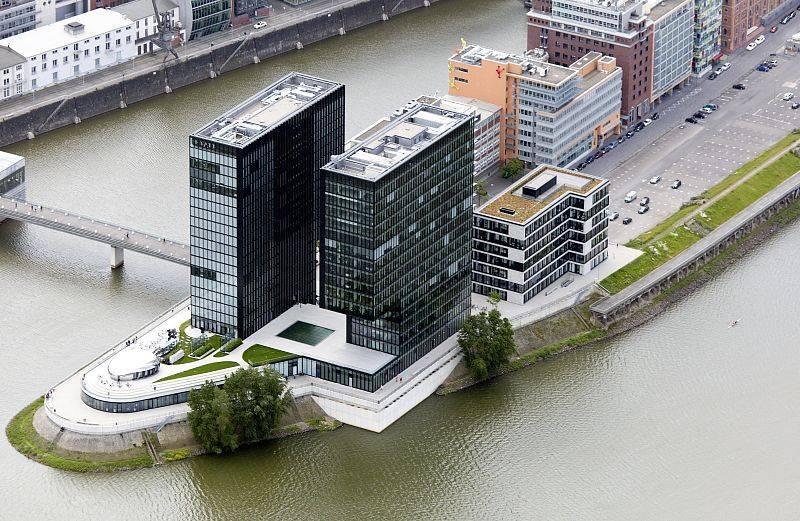 Zwillingsturme Hafenspitze Medienhafen Mit Hyatt Regency Hotel