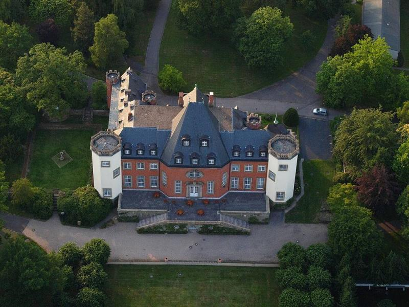 Schloss Birlinghoven - Fraunhofer Institutszentrum
