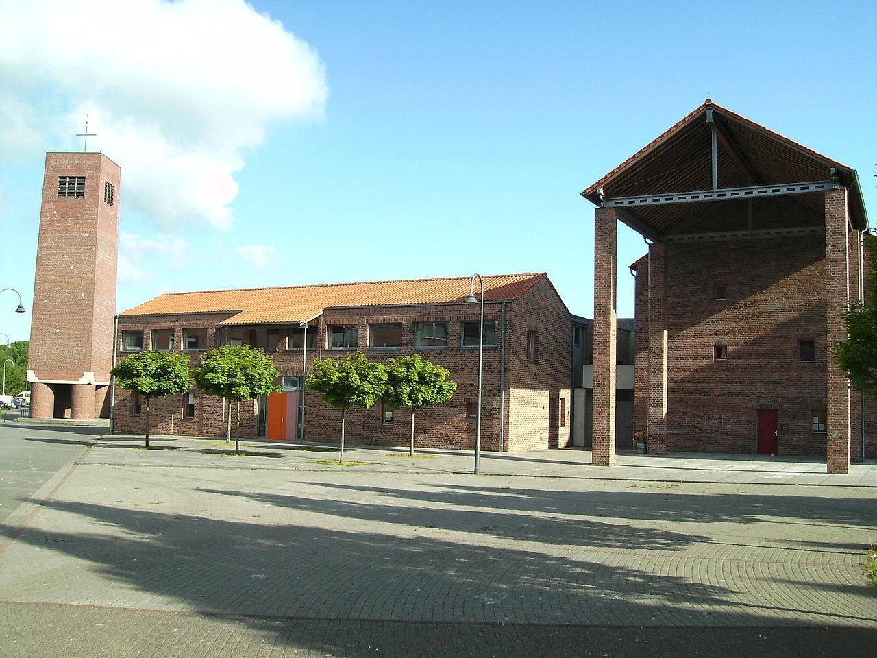 katholisches gemeindezentrum k ln blumenberg k ln architektur baukunst nrw. Black Bedroom Furniture Sets. Home Design Ideas