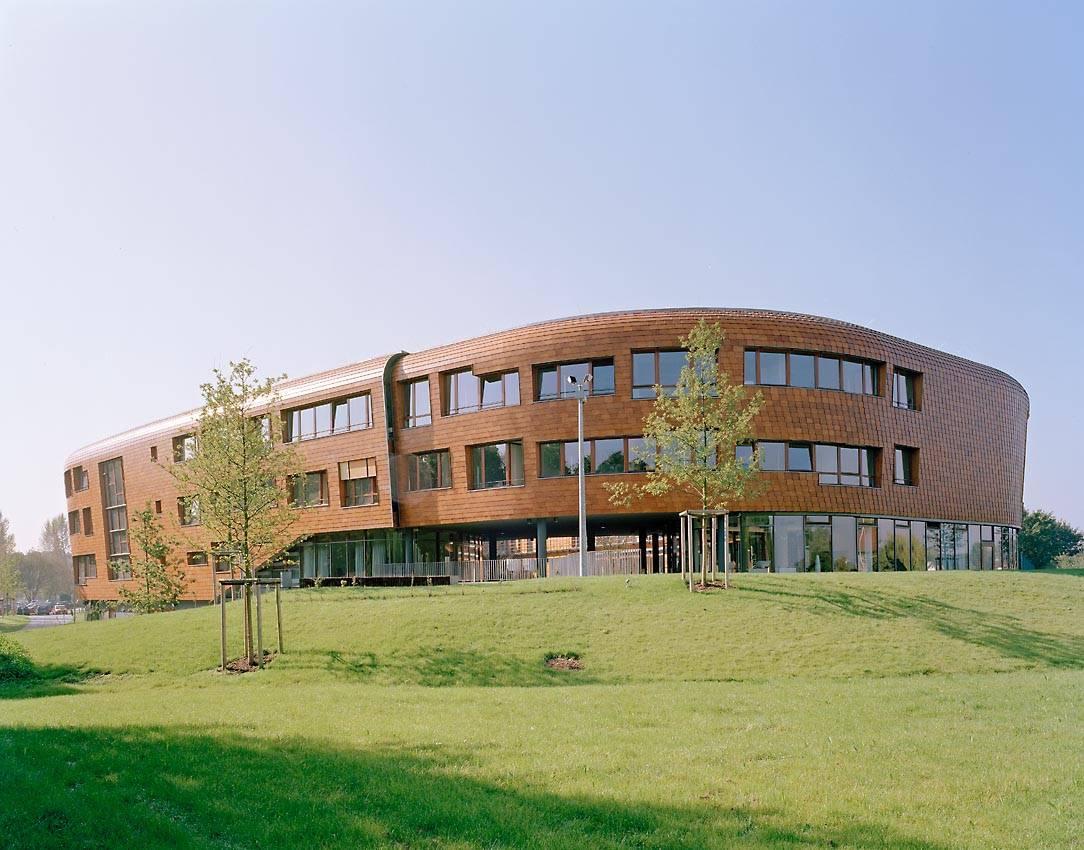 Infineon development center duisburg architektur for Innenarchitektur emsdetten
