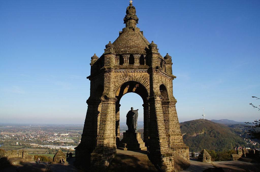 Kaiser Wilhelm Denkmal Porta Westfalica Architektur Baukunst Nrw