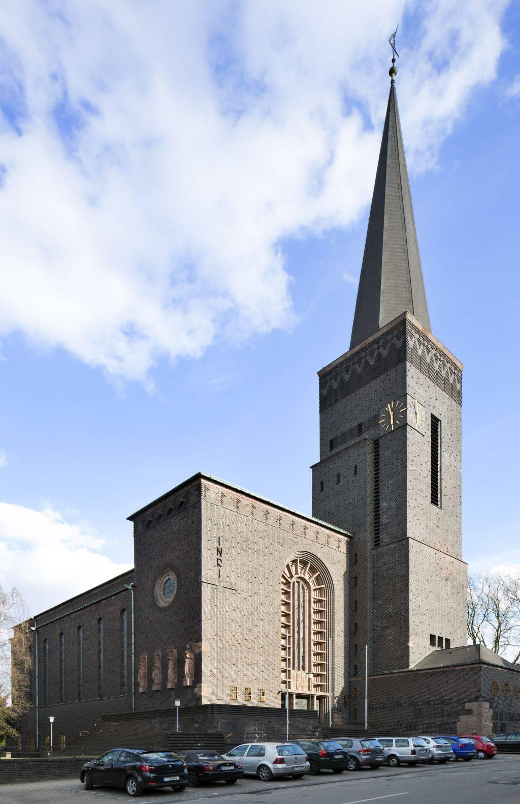 Herz-Jesu-Kirche Bottrop Bottrop, Architektur - baukunst-nrw