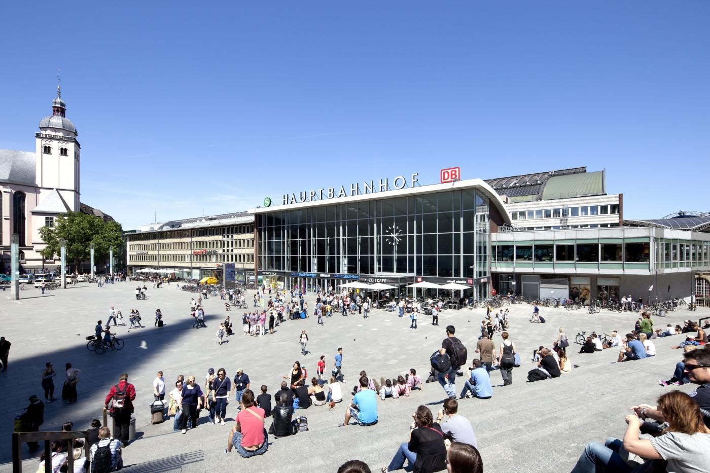 8a9b9bc2820e19 Hauptbahnhof Köln Köln